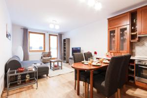 Cozy Apartments with Private Garage, Apartments  Prague - big - 1