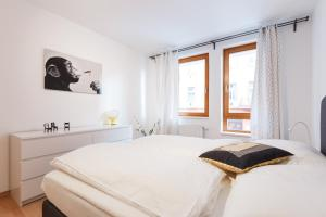 Cozy Apartments with Private Garage, Apartments  Prague - big - 22