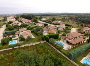 Villas Barat by Istarski Dvori