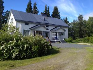 Villa Raatteenranta, Vily  Kuusamo - big - 1