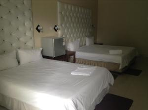 Hotel Galaxy, Отели  Ongwediva - big - 24