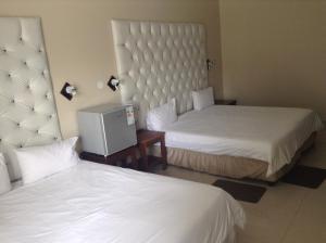 Hotel Galaxy, Hotels  Ongwediva - big - 54