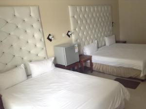 Hotel Galaxy, Отели  Ongwediva - big - 57