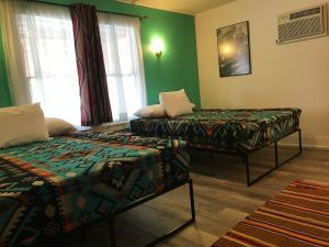 Hotel Kitsmiller on Main, Motely  Fredericksburg - big - 156