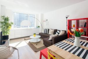 Amazing Apartment- Walking Distance to Times SQ