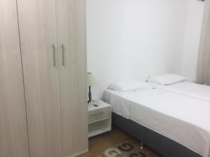 Em frente ao Hosp Albert Einstein, Apartments  Sao Paulo - big - 77
