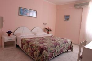 Prenota Hotel Da Raffaele