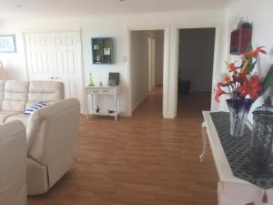 Villa Deville, Appartamenti  Dawesville - big - 7