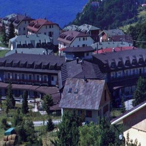 Nearby hotel : Delberg Palace Hotel