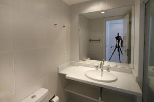 Rio138-Apartamento de 2 quartos no Wave Ipanema. Predio com piscina, academia..., Aparthotels  Rio de Janeiro - big - 12