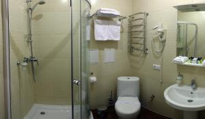 Отель Украина Ровно, Отели  Ровно - big - 4