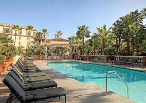Modern Luxury Apartment with 3 Beds, Ferienwohnungen  Los Angeles - big - 1