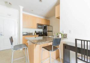 Modern Luxury Apartment with 3 Beds, Ferienwohnungen  Los Angeles - big - 29