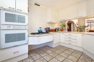 Alamein Holiday Home, Dovolenkové domy  Kapské Mesto - big - 20