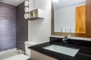 obrázek - Days Inn And Suites Mainsail Oceanfront