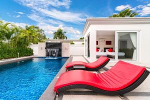 Luxury Pool Villa 54