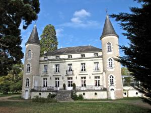 Chateau Les Vallees
