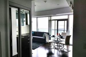 Premium Suites - Furnished Apartments Downtown Toronto, Apartmanok  Toronto - big - 28