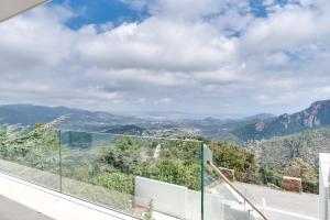 Magnificent contemporary villa Esterel Massif, Villen  Fréjus - big - 56