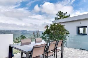 Magnificent contemporary villa Esterel Massif, Villen  Fréjus - big - 43