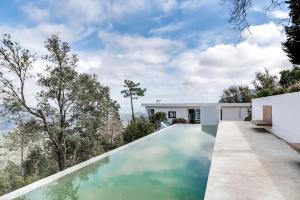 Magnificent contemporary villa Esterel Massif, Villen  Fréjus - big - 70
