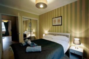 obrázek - BNBbuddy Apartments - Stylish Castle View Apartment