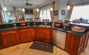 Anchor Down Apartment, Holiday homes  Destin - big - 84