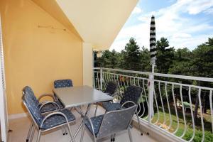 Apartment Jadranovo 3238a