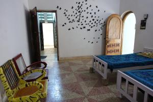 Ganges Nirvana Community & Home Stay, Hostels  Varanasi - big - 9