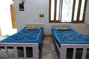 Ganges Nirvana Community & Home Stay, Hostels  Varanasi - big - 8