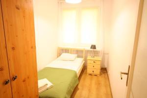 Apartamenty Varsovie Rondo ONZ, Ferienwohnungen  Warschau - big - 6