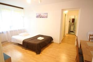 Apartamenty Varsovie Rondo ONZ, Ferienwohnungen  Warschau - big - 16