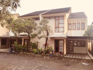 Awana Jogya, Prázdninové domy  Yogyakarta - big - 4