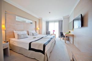 Ramada Resort Bodrum, Hotel  Bitez - big - 17