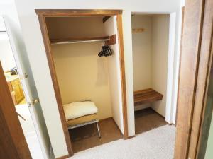 Apex Mountain Inn Suite 323-324 Condo, Ferienwohnungen  Apex Mountain - big - 24