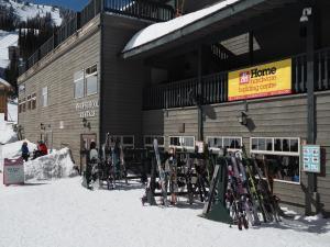Apex Mountain Inn Suite 323-324 Condo, Ferienwohnungen  Apex Mountain - big - 27