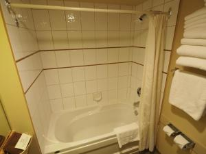 Apex Mountain Inn Suite 401-402 Condo, Apartments  Apex Mountain - big - 9