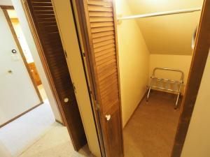 Apex Mountain Inn Suite 401-402 Condo, Apartments  Apex Mountain - big - 12