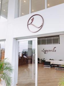 Luganvilla Business Hotel & Restaurant