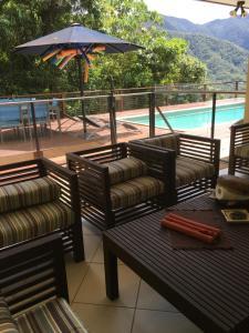 The Retreat: Private Luxury Re..