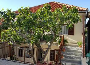 Apartment Posedarje 12402a, Апартаменты  Posedarje - big - 1