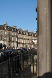 West End Townhouse nr Train Station, Apartments  Edinburgh - big - 59