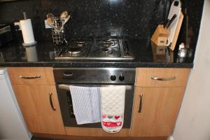 West End Townhouse nr Train Station, Apartmanok  Edinburgh - big - 46