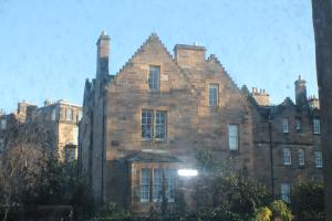 West End Townhouse nr Train Station, Apartmanok  Edinburgh - big - 14