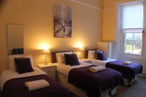 West End Townhouse nr Train Station, Apartmanok  Edinburgh - big - 2