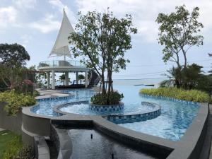 Del Mare Bangsalay Beach Front..
