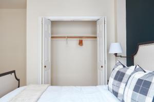 Two-Bedroom on Milk Street Apt 300, Ferienwohnungen  Boston - big - 20
