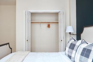 Two-Bedroom on Milk Street Apt 300, Apartmanok  Boston - big - 20