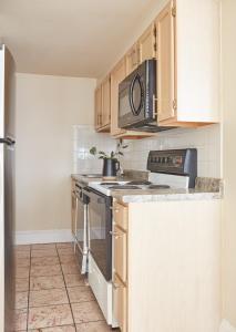 Two-Bedroom on Milk Street Apt 300, Ferienwohnungen  Boston - big - 16