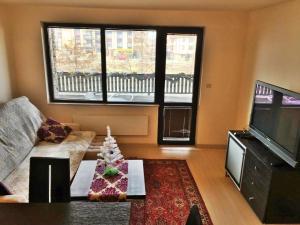 Apartment with Sauna Glazne, Ferienwohnungen  Bansko - big - 14